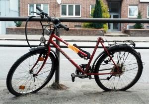 Fahrradleiche am Winterhuder Weg