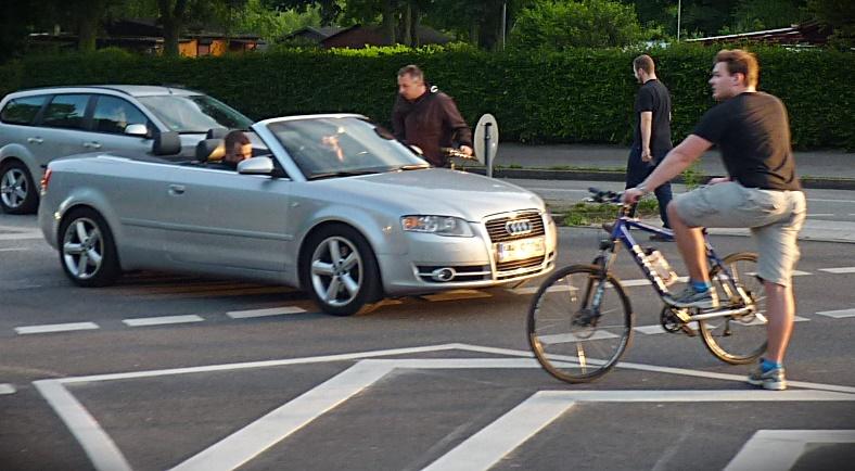 Warum fahren hier so viele Rad?  -> es ist Critical Mass