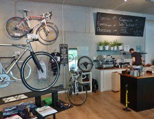 Die Café-Maschine läuft!
