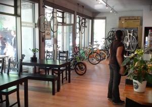 Die perfekte Kombination: Café und Räder!