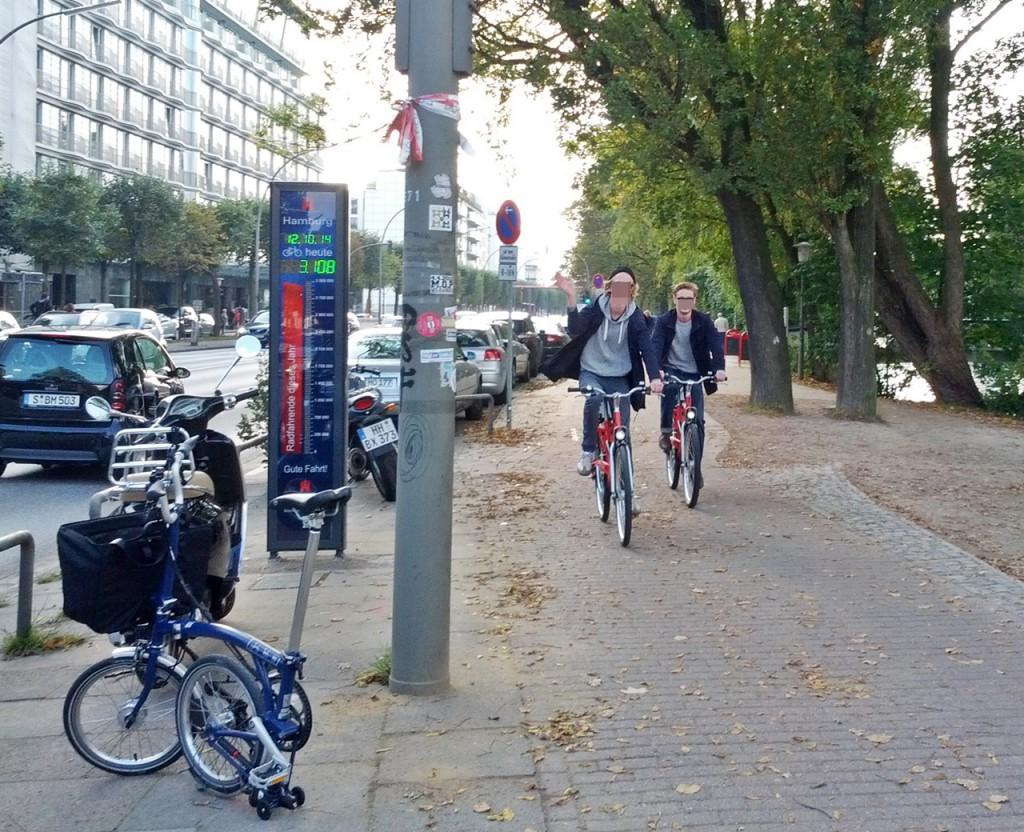 Fahrradzähler an der Gurlittinsel