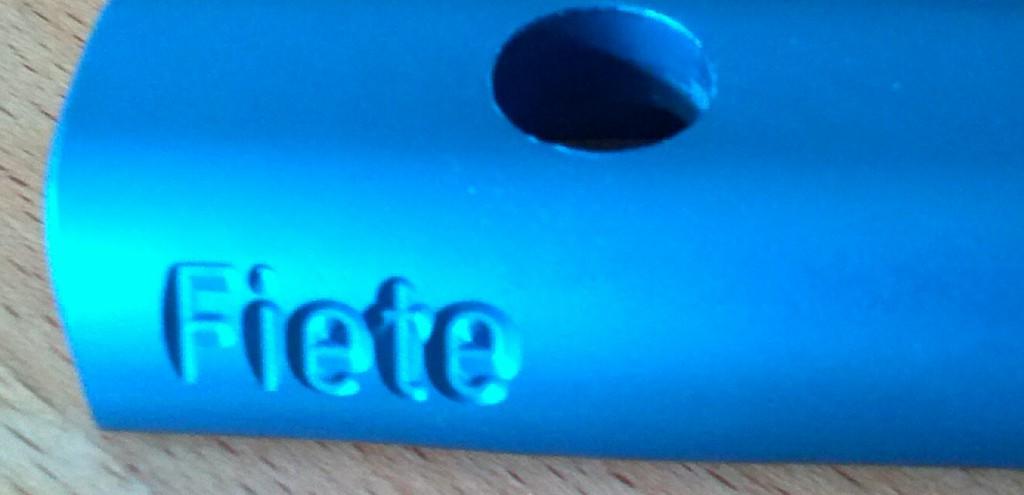 metallic Blaue Schelle