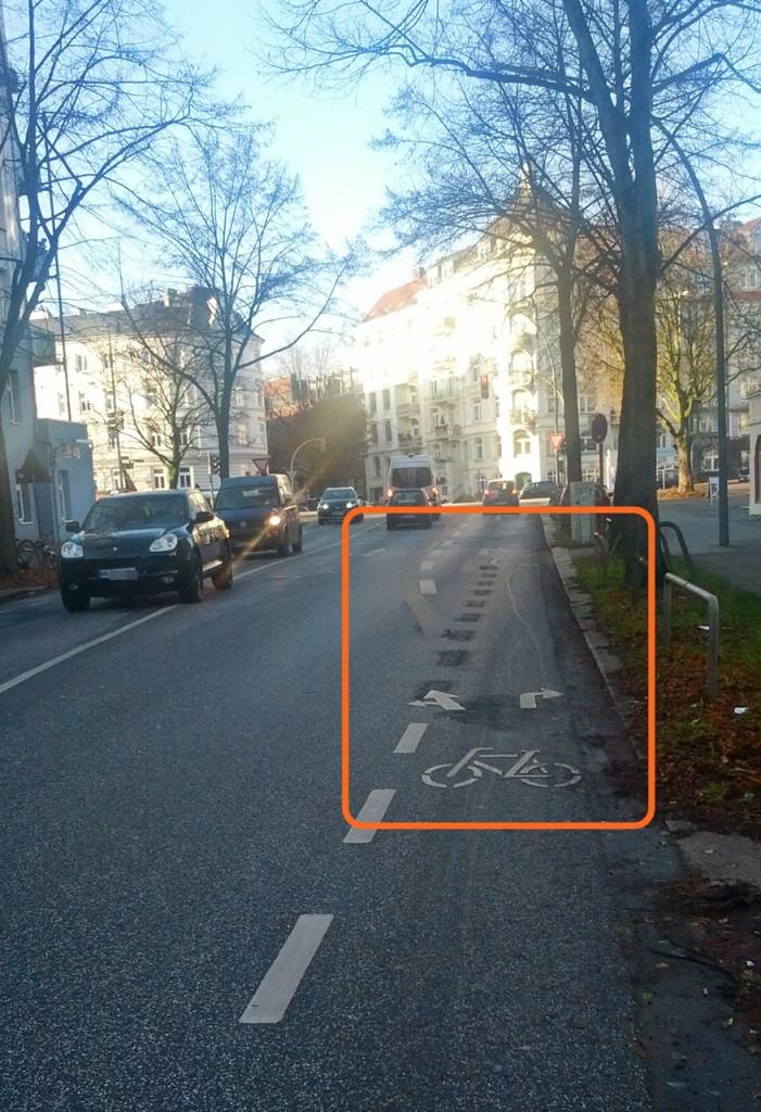 Verbesserte Markierungen in der Weidestraße