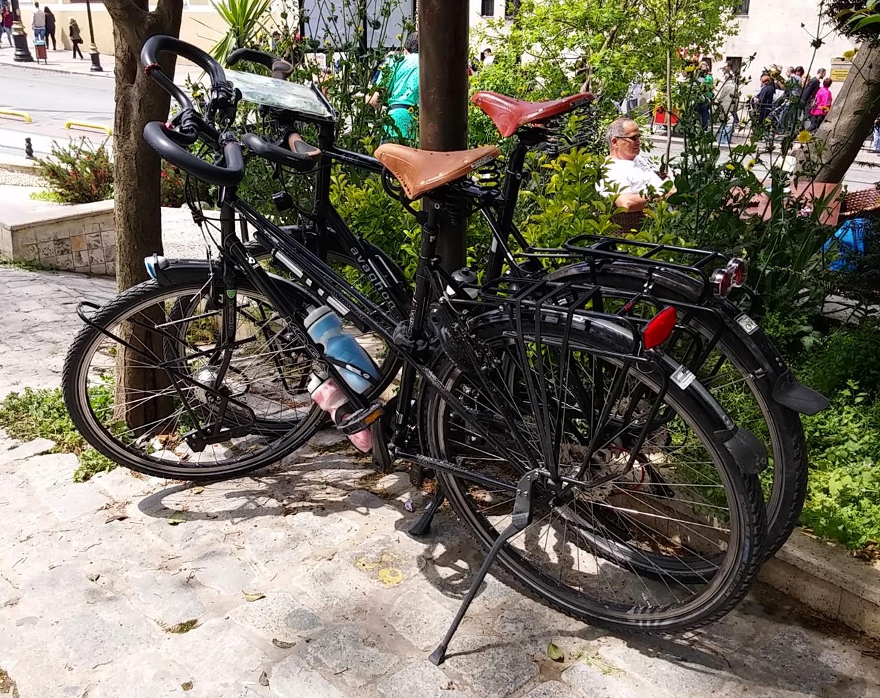 Zwei Kogas in Istanbul