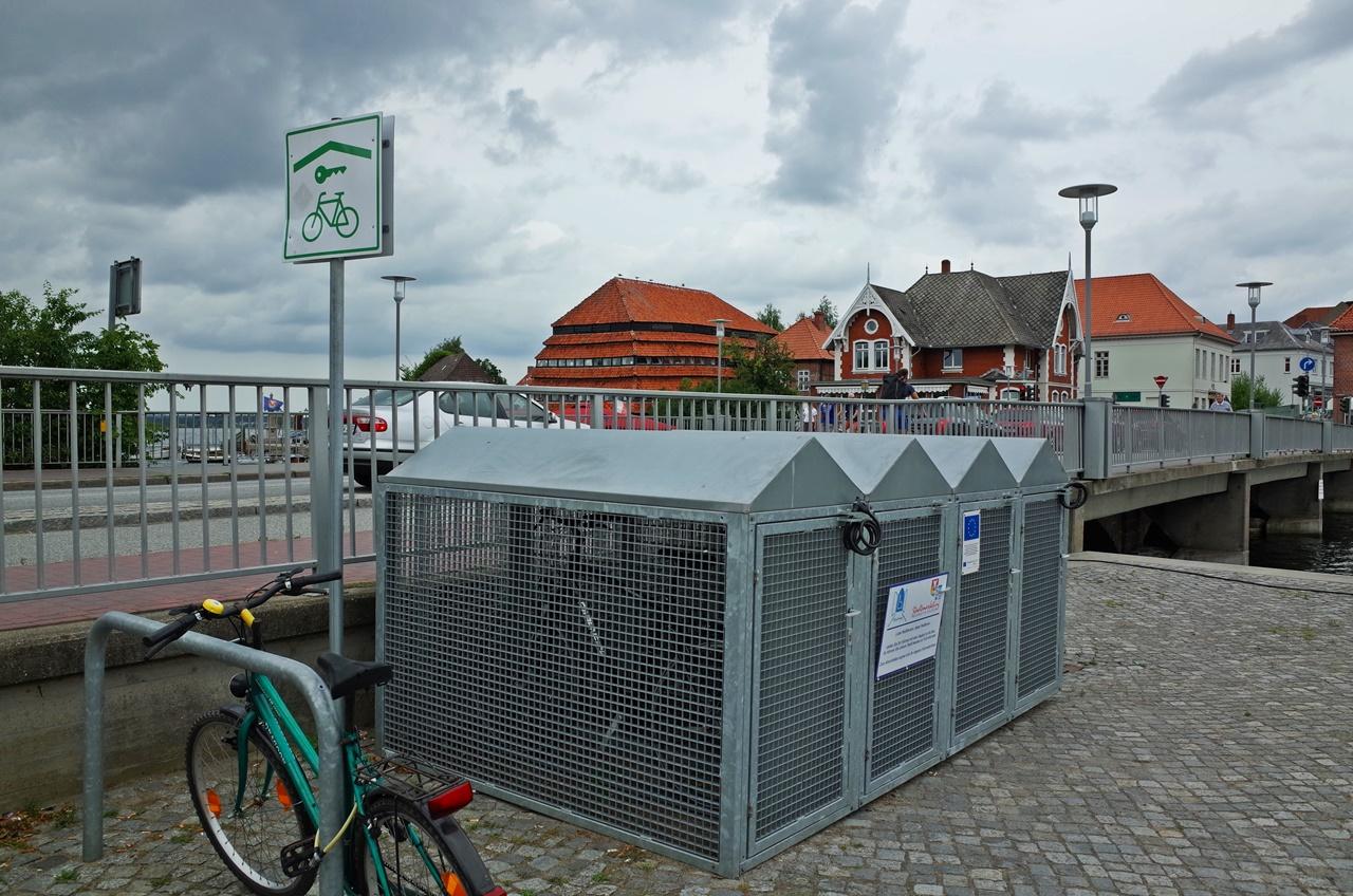 Fahrradgarage in Neustadt