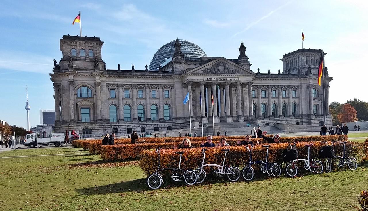 Brompton Five vorm Reichstag