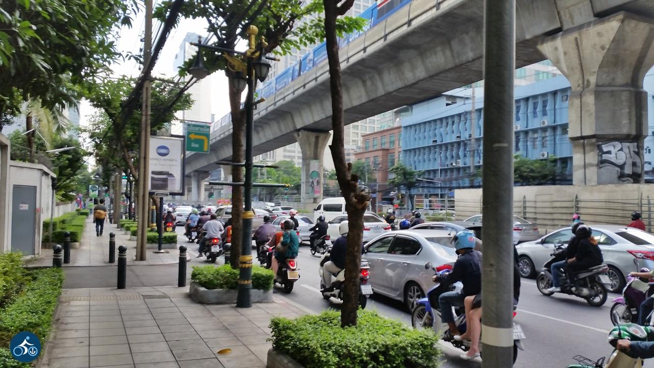 Alltag auf Bangkoks Straßen
