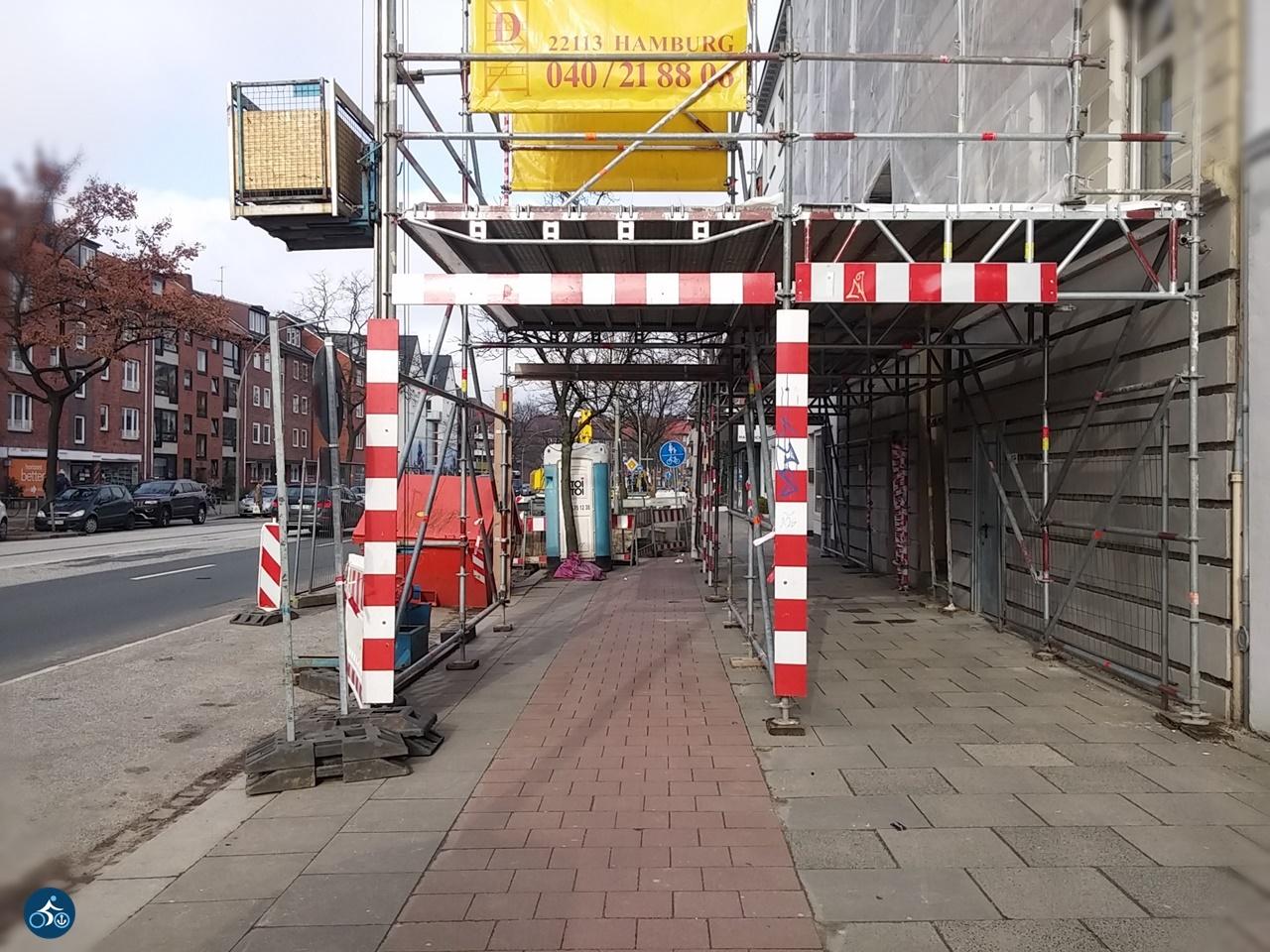 Unklar, was sich am Ende der Baustellenführung befindet.