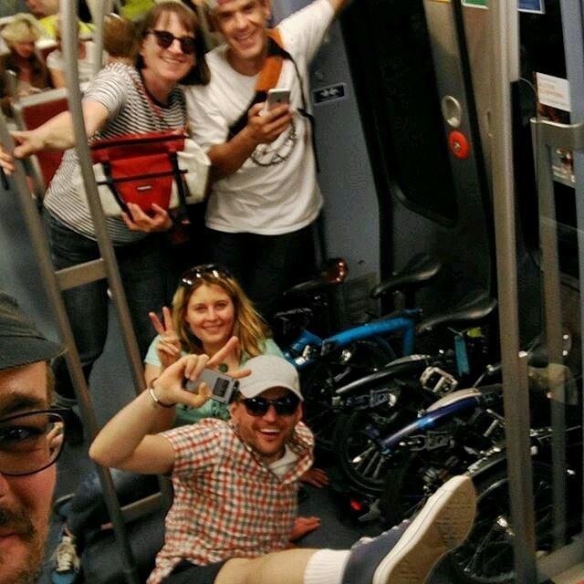 #hamburgbromptonpower ausnahmsweise in der U-Bahn statt auf den Brommies