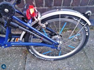 So glänzend habe ich das Hinterrad zuletzt beim ersten Aufbau des Bromptons gesehen..